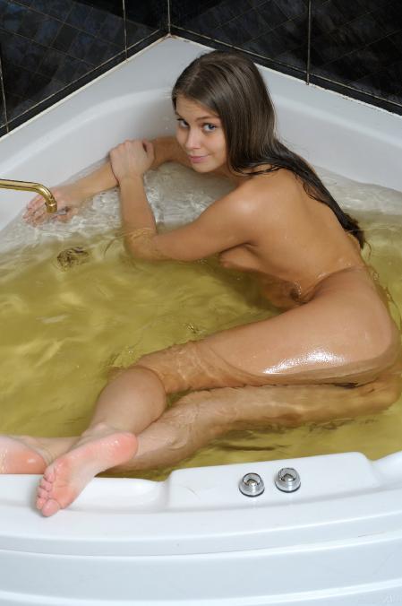 Stunning18 : Kristel A. - Wet Pussy