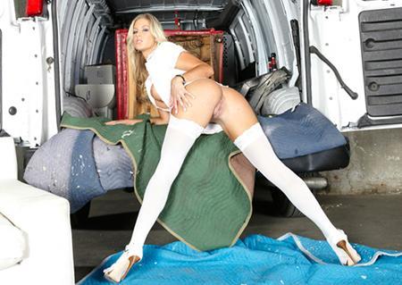 Гаишник прёт в суперпопку блондинку