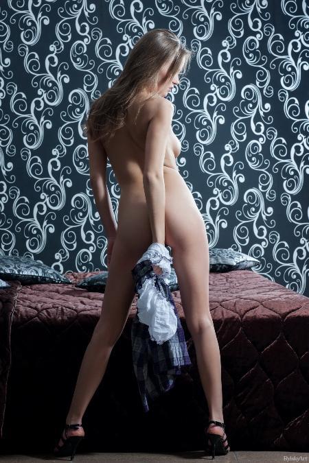RylskyArt: Alexandra - Yuka (04*07*2014)