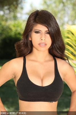 Asian bikini boobs