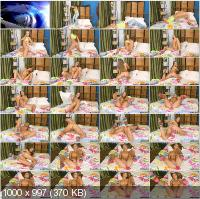 PornFilms3D - Nicole - Spreading In Bed Like A Gymnastics 3D [FullHD 1080p/3D]